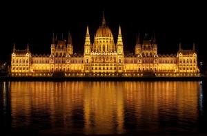 budapest-77610_640